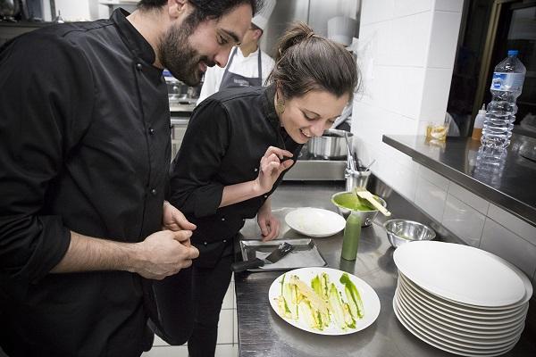 La-prima-tappa-milanese-con-il-primo-piatto-di-Matteo-Fantoni-Studio_Place-to-be_credits-Michela-Piccinini.